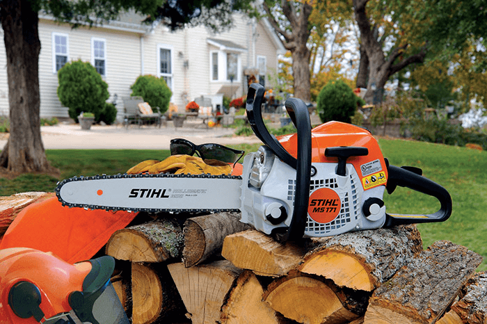 The 10 Best Small Lightweight Chainsaw Reviews 2019